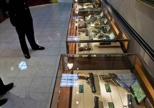 pistolas Museu narcos