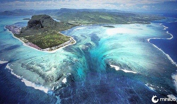 cachoeira submarina