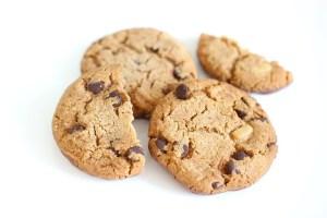 La meilleur recette des cookies au chocolat et aux amandes !
