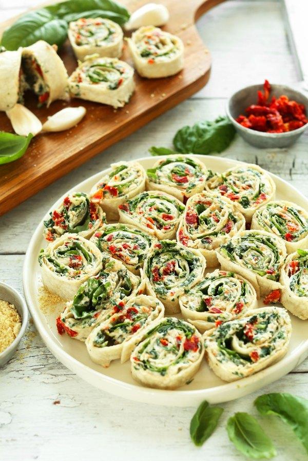 Sun-Dried Tomato Basil Pinwheels | Minimalist Baker Recipes