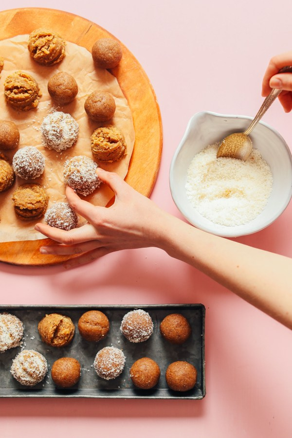 NoBake Vanilla Cake Bites Minimalist Baker Recipes