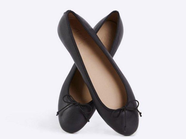 """Ballerina """"Nadia"""" i svart läder från Isabella Löwengrips företag Flattered."""