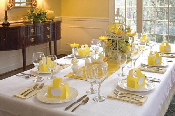 20 Stylish And Unique Easter Dinner Table Decorations