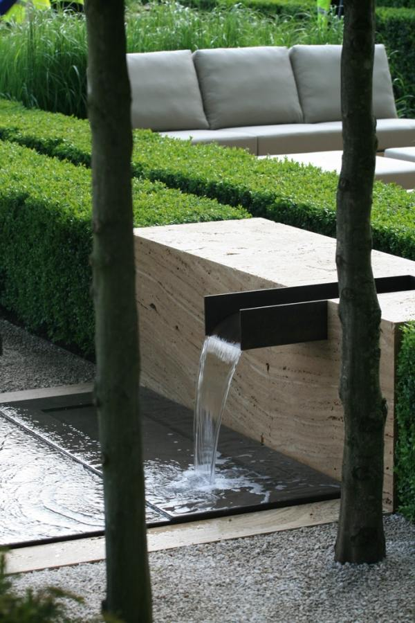 32 beautiful water features for gardens to create a true oasis on Water Feature Ideas For Patio id=92235