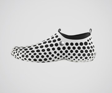 Marc-Newson-Nike-Zvezdochka-01