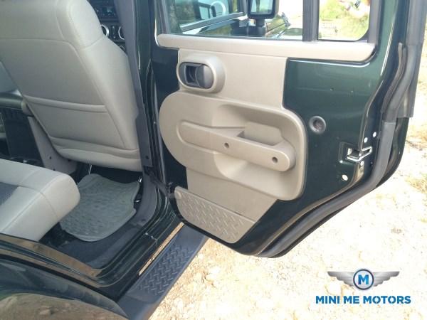 2010 Jeep Wrangler Sahara unlimited for sale at Mini Me Motors in Beirut, Lebanon (2/6)