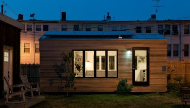 Minim House seeks to fully reimagine the mobile micro home, adding livability, streamlining construction, modernizing aesthetics, increasing off-grid versatility, all while keeping costs affordable. It is 210 ft2, designed for full 1-2 person living and entertaining.
