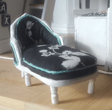 Miniature French Chaise by 1inchminis