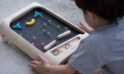 Voorbeeld van PlanToys houten flipperkast