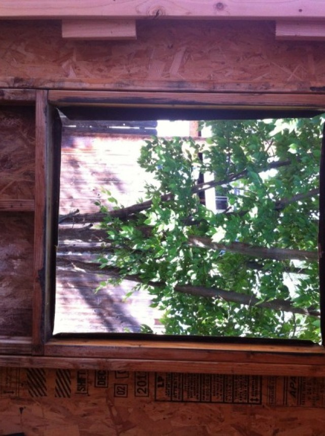 This is the window opening on the patio, not framed... I made a mistake, I didn't flash this opening correctly because it was exterior, I figured why...