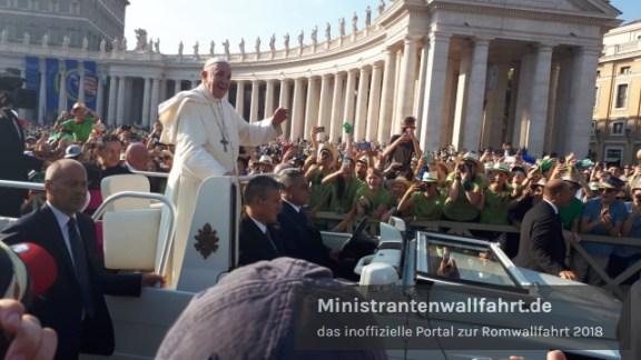 romwallfahrt-2018-papst-franziskus-lachen