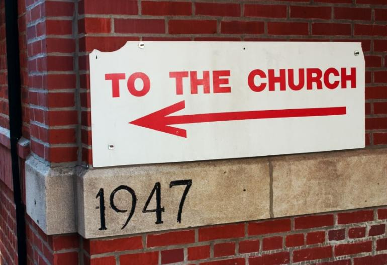 to-the-church-sign