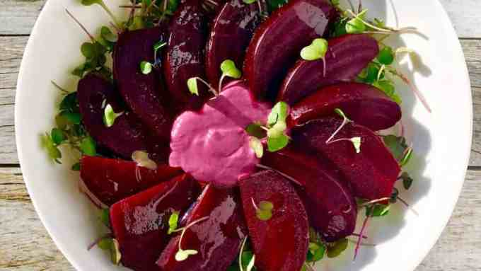 roasted beets with cashew garlic sauce