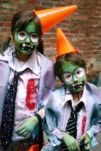 100715_plants_vs_zombies_halloween