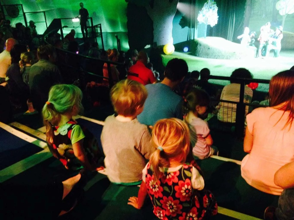 Mini Travellers - In the Night Garden - Live Show
