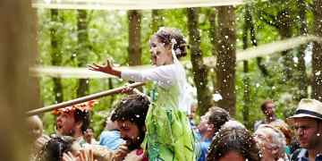 Family Friendly Festivals 2017 www.minitravellers.co.uk