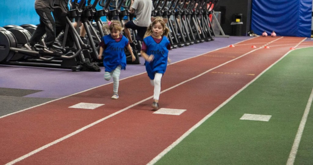 Get the Family Involved at Total Fitness www.minitravellers.co.uk