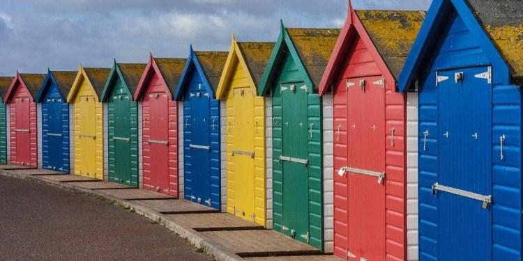 Devon Beach Huts www.minitravellers.co.uk