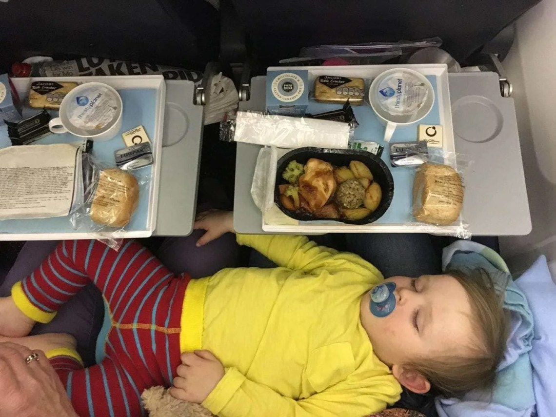 Flying Long Haul With A 1 Year Old: A Survival Guide www.minitravellers.co.uk