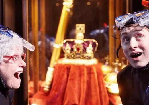 Review: David Williams' Gangsta Granny www.minitravellers.co.uk