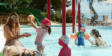 Top 5 Hotels Where Kids Go Free www.minitravellers.co.uk