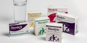 Travel Tips: Why I Always Pack Dioralyte www.minitravellers.co.uk