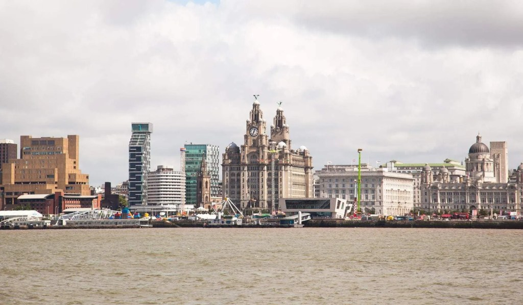 Ferry across the Mersey | Family Day Out www.minitravellers.co.uk
