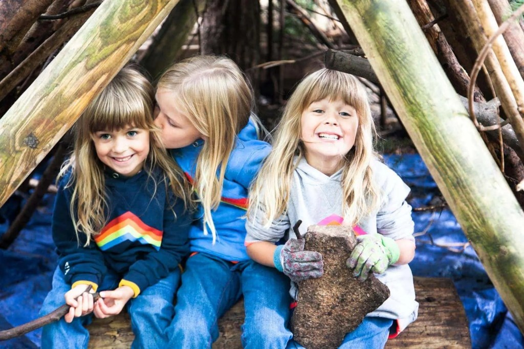Family Den Building and Decorating at Center Parcs www.minitravellers.co.uk