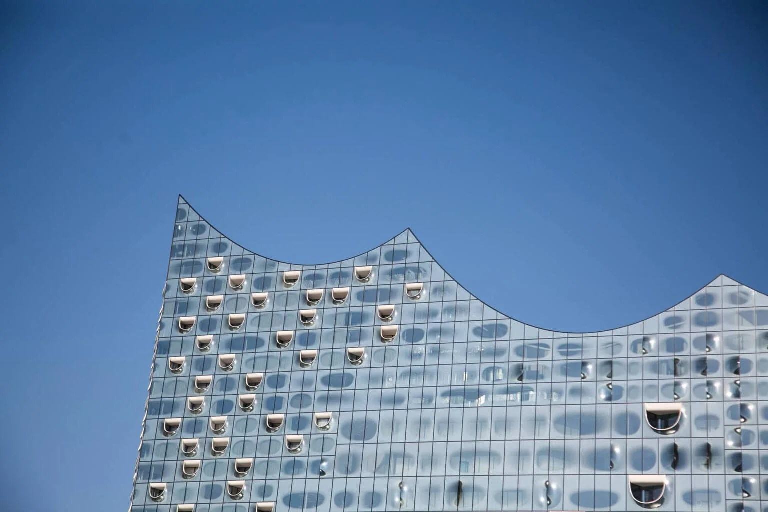 The Elbphilharmonie Plaza with Kids