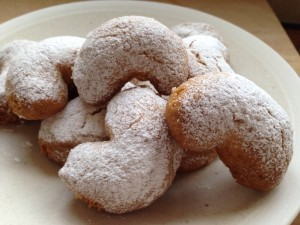 kourabiedes greek biscuits