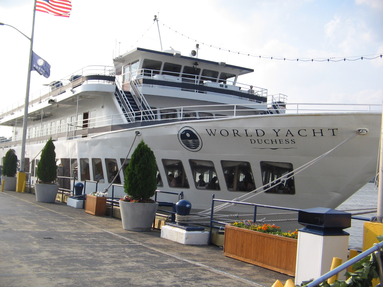 World Yacht Cruise REALLY OMG ARE YOU SERIOUS
