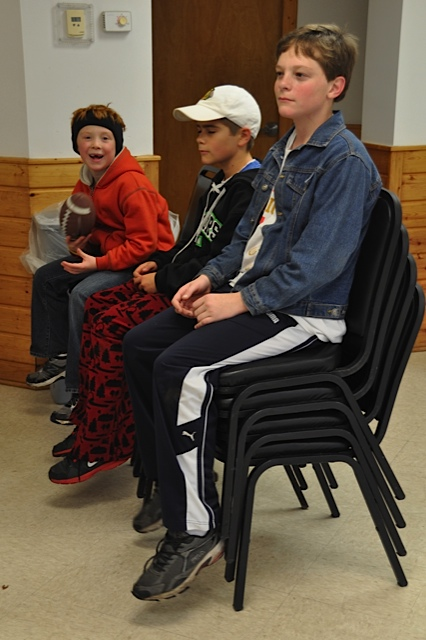boys-in-chairs