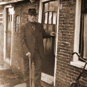 Jacob Ulbes Wassenaar 60 jaar lang kleermaker