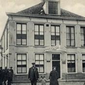 Politie in Minnertsga vroeger en anno 1976