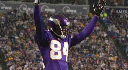 Wide Receiver G.O.A.T. – Randy Moss > Jerry Rice