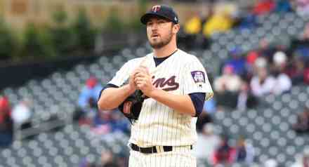 Phil Hughes Designated for Assignment; Twins Likely to Write Him $22M Exit Check