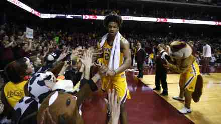 Eric Curry Expected Back Next Week for Gopher Basketball
