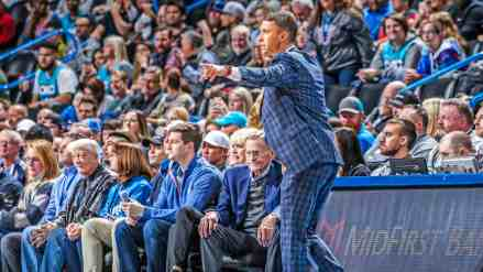 Ryan Saunders Starts 1st Game w/ Flip's Favorite Play; Talks About it After