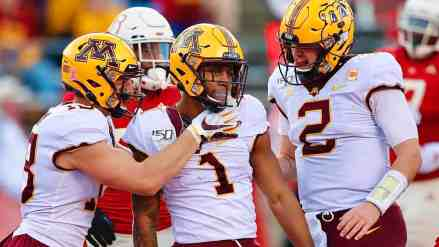 Gophers Move Up to #17 in AP Poll; #16 in Coaches Poll for Week 9