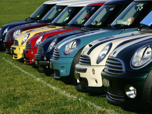 Many MINI Coopers headed to Green Bay in July