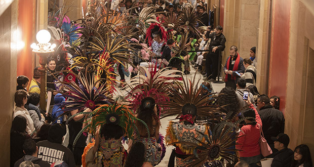 Kalpulli Ketzal Coatlicue a traditional Aztec dance group, made its raucous presence felt at the Capitol on April 5 while demonstrated for passage of the Driver's Licenses for All bill, which the House approved it 74-52. (Staff photo: Kevin Featherly)