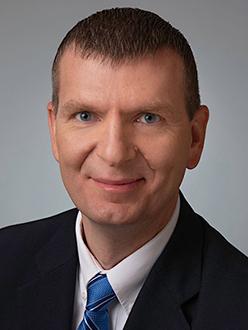 Lon R. Leavitt