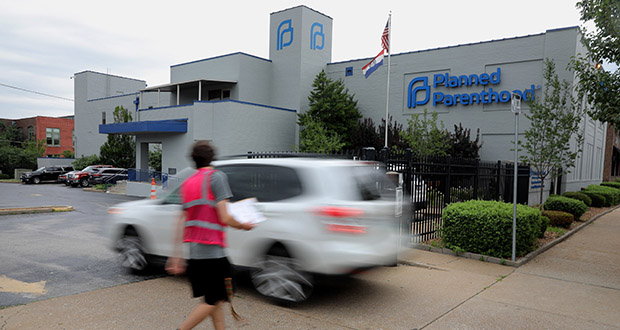 In this June 21 photo, a motorist enters Planned Parenthood of the St. Louis Region and Southwest Missouri. (AP file photo)