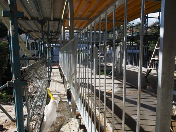 The lower deck balustrade.