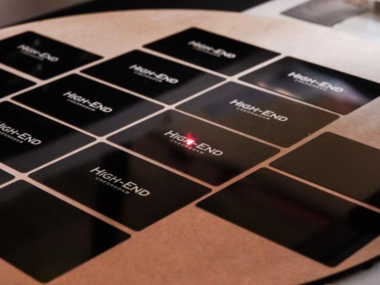 메탈명함, 명함 디자인, 디자인 명함, 알루미늄 몀함, 금속 명함, 명함