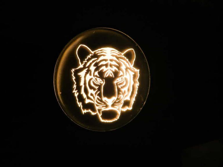 LED아크릴사인 LED간판 아크릴네온사인 창문간판 유리창간판 아크릴조각사인
