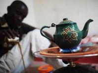 Traditionen ser likadan ut över hela Mauretanien, här i Atar.