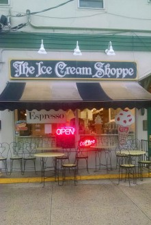After a day of climbing around a depressing asylum, ice cream seemed like the best option. This place was fucking delicious.