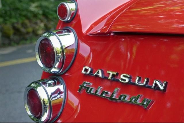 MikeDean Datsun Fairlady rear
