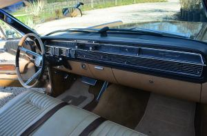Lincoln Continental  interior